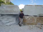 Marble horror picture show: erratic blocks in Apuane